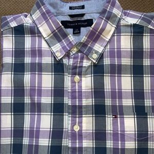 Tommy Hilfiger Mens (L) Plaid shirt